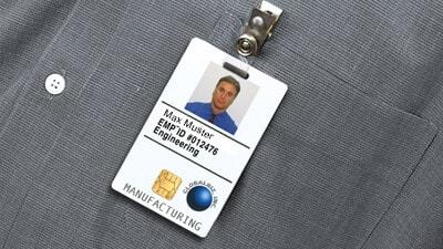 Karten Clips und Plastikkarten ausweis als Firmenausweis, Dienstausweis oder Werksausweis