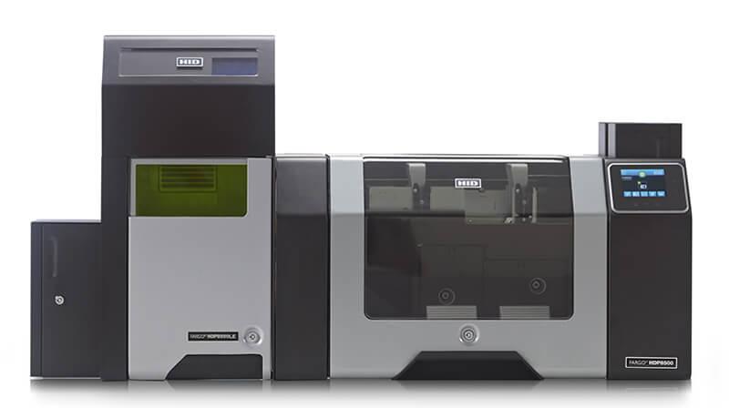 HDP 8500LE Kartendrucker, HID Global, HID Fargo Kartendrucker, HID HDP8500LE Laser Engraver, Laserpersonalisierung und Lasergravur mit dem Desktop-Laserpersonalisierungssystem