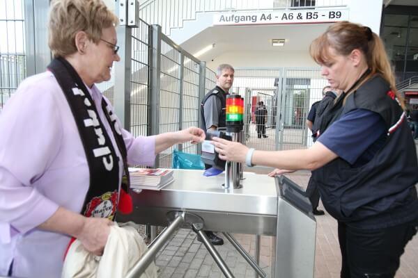 Dauerkarten und Tickets bedrucken